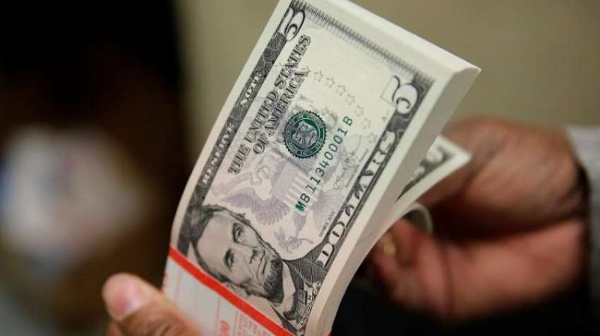 Dollar set for biggest weekly gain in a month as stimulus talks falter